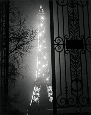 Brassaï-The-Eiffel-Tower