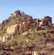 castellmonestirde-sant-miquel-descornalbou-Románico Catalán