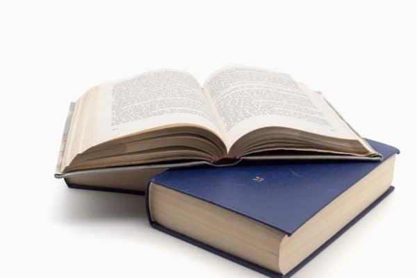 Bibliografía sobre literatura comparada