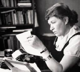 Literatura -Mujeres en suiza