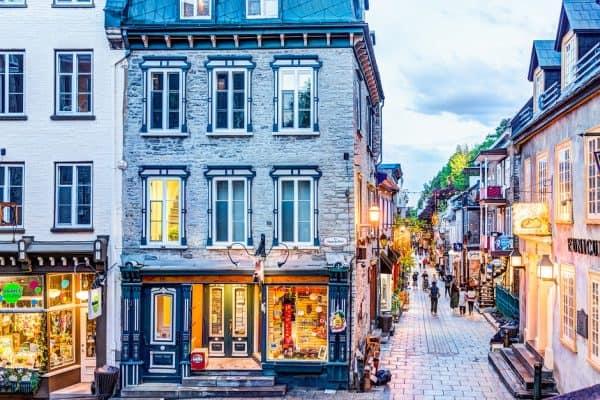Literatura francocanadiense-Québec