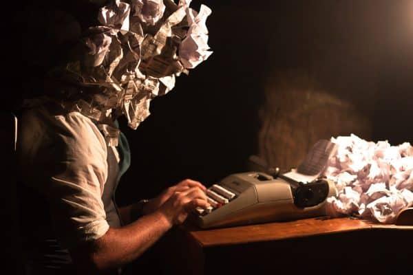 Literatura electrónica-canon-conexión intertextual
