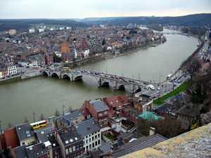 Namur el río mosa