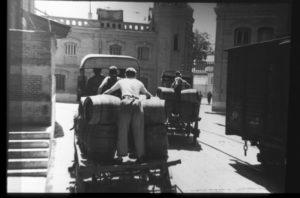 Foto histórica de la fábrica el Águila (2)-programa miguitas